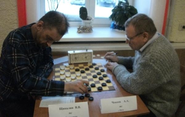 Играют настоящие стоклеточники: Владимир Щипалин и Александр Чекеев